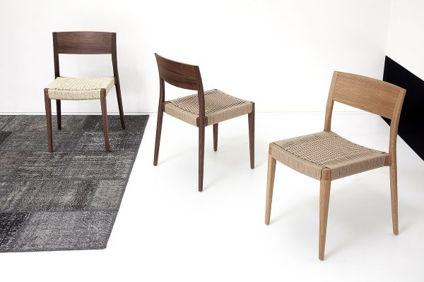 chair MISS in seagrass
